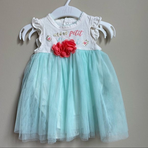 Baby girl dress size 3-6 months